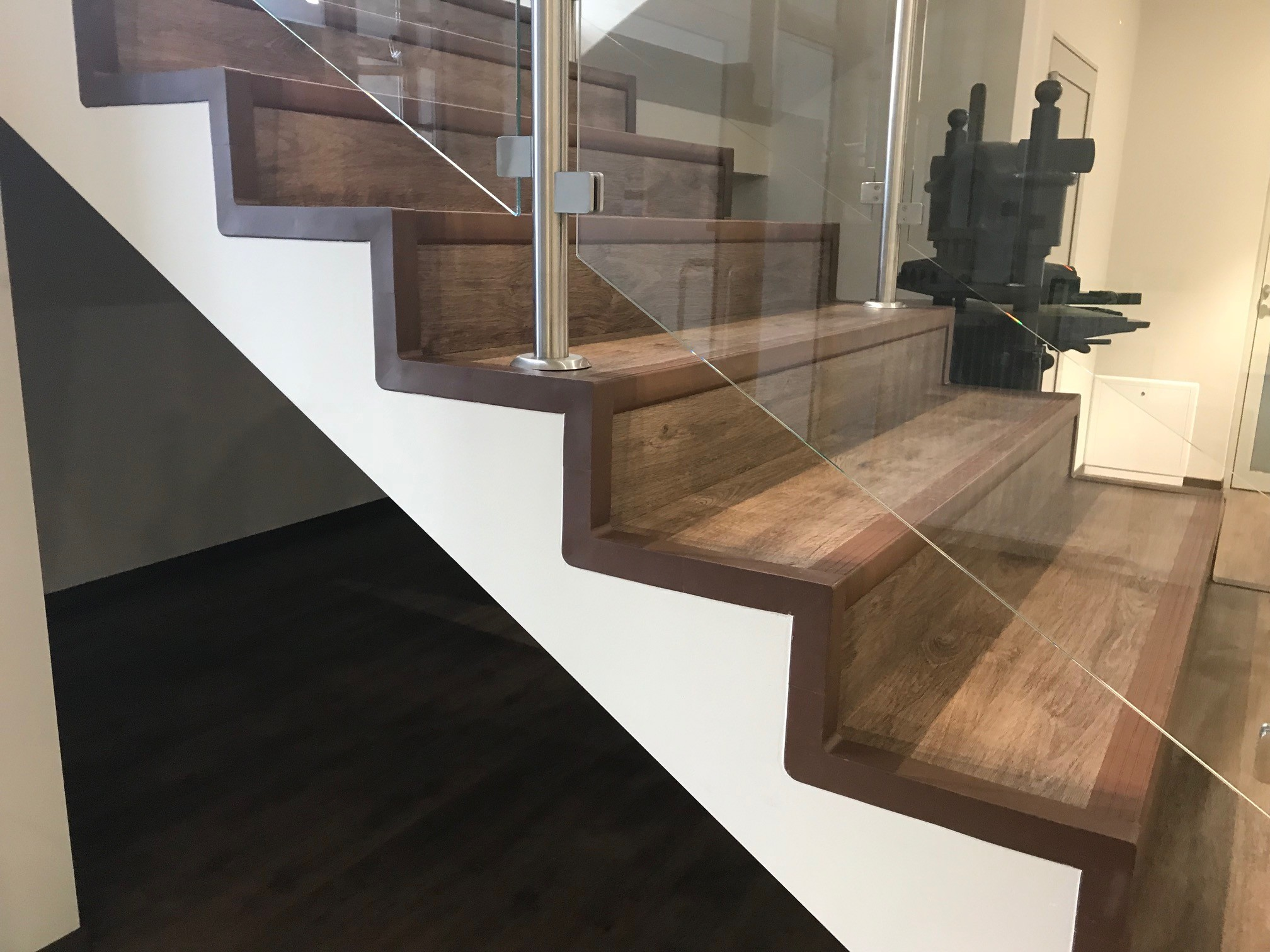 A set for finishing PVC stairs